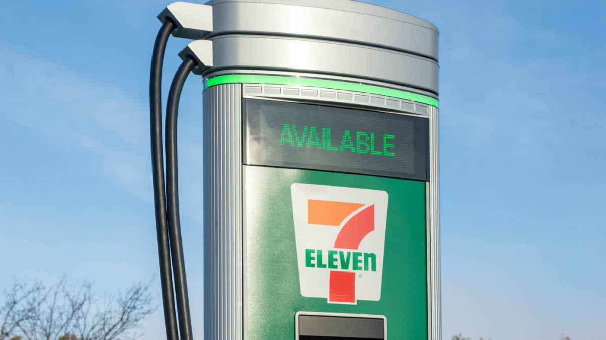 7-Eleven to install 500 EV charging stations by the end of 2022